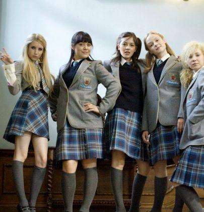 Abbigliamento a scuola: è giusto vietare bermuda e canotte?