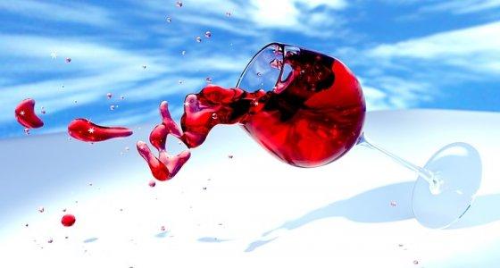 Il meraviglioso vantaggio di bere un bicchiere di vino al giorno