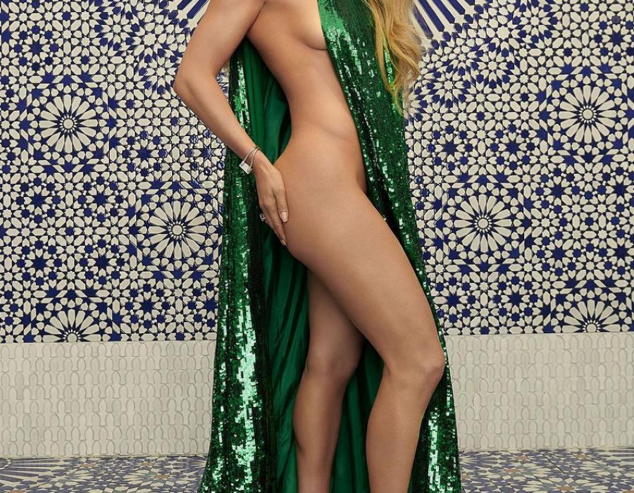 Jennifer Lopez 49 anni e non sentirli