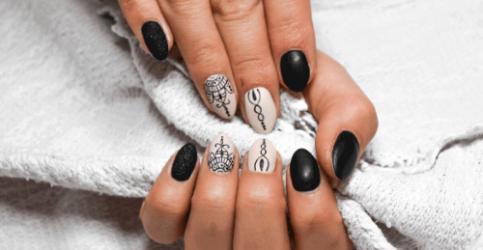 Differenza tra ricostruzione unghie in gel e smalto semipermanente